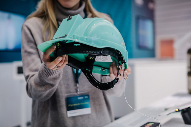 Telefónica CeBIT 2017 - Angel Helmet